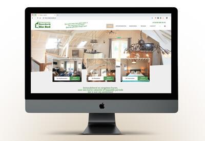 website met een boerderij waar mensen kunnen overnachten